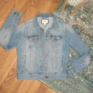 Light denim jacket small